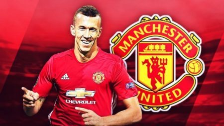 Ivan-Perisic-Man-United-Jersey